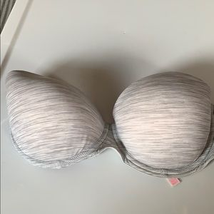 Basic VS strapless bra